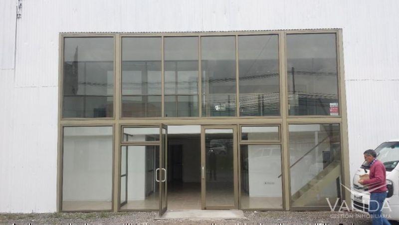 Galpón Arriendo  1.400 m2 en 5.000m2 ,    San Ignacio / Ruta 5 Norte