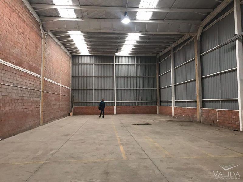Galpón arriendo 390 m2  Cañaveral   / Ruta 5