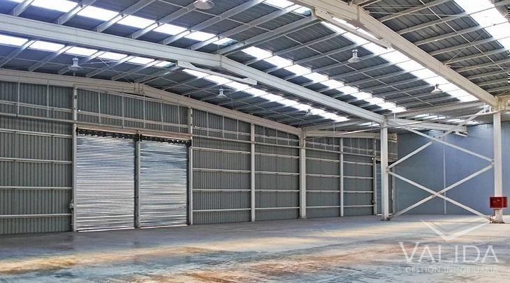 Galpón industrial en arriendo 2.675m2, Quilicura